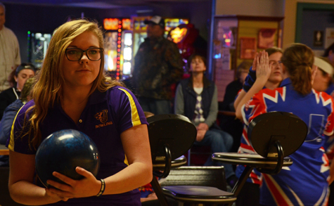 Bowling competes against Urbandale J-Hawks