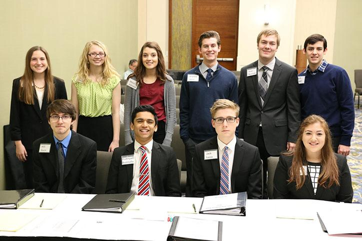 Mock trial teams advance in competition