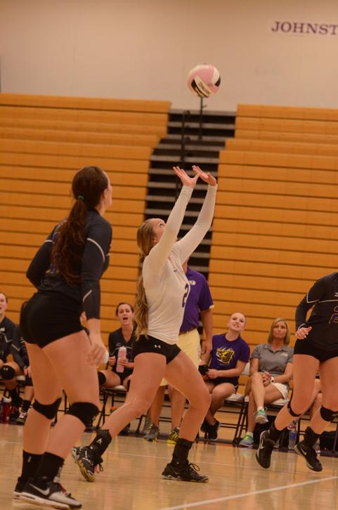 Senior+Keely+Larkin+hits+the+ball+during+a+home+volleyball+game.+The+Dragons+are+now+in+the+second+round+of+the+state+tournament+after+beating+Ankeny+Nov.+11.