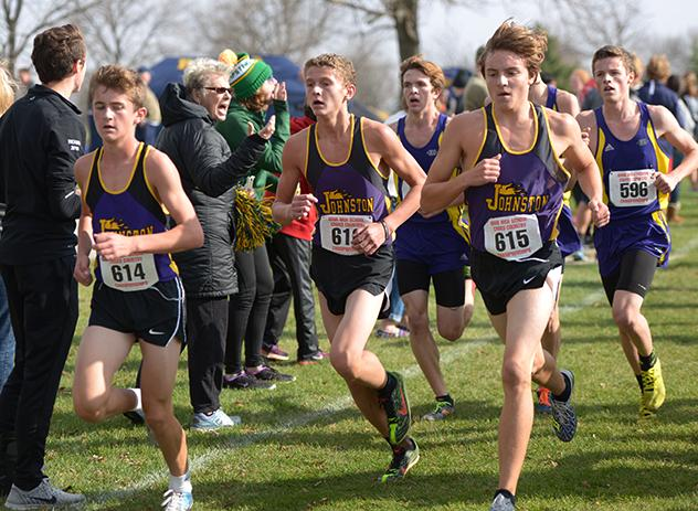 [From left] Aidan MacGregor '19, Luke Perman '19 and Cade Meyer '19 run as a pack in the state championship race. The boys placed 6th at the meet Oct. 29.