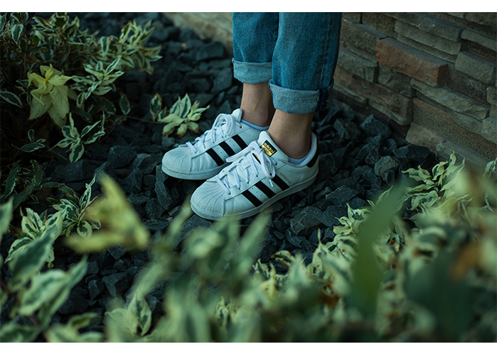 Adidas superstar shoes are serving as a more sporty, casual and comfortable style. The universal shoe can be worn with jeans, leggings or even a casual dress.