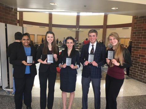 Speech students Asia Mohammed '17, Nicole Hobson '17, Tara Djukanovic '17, Nicolas Ronkar '17, and Nika Silkin '19, qualified for speech and debate nationals.