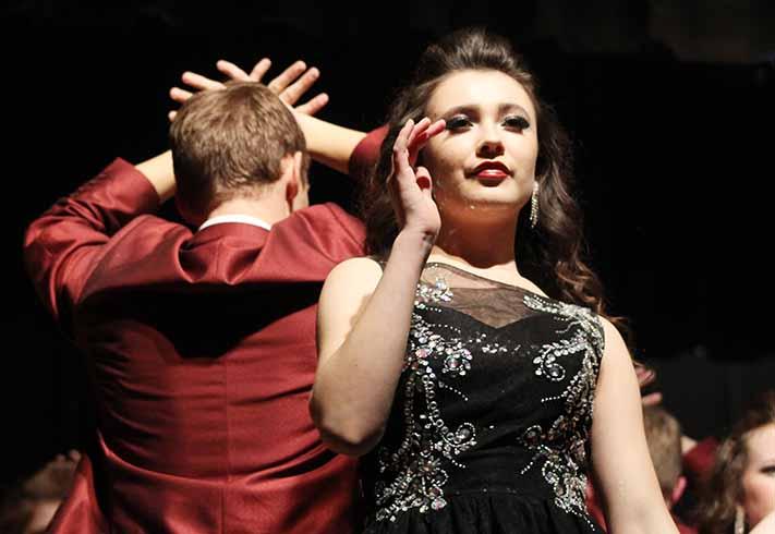 Jillian Gabby '17 begins to dance during Innovation's last performance. The last performance of the season was April 1.