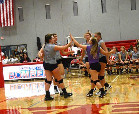 Girls Volleyball team competes at Ballard Invitational Tournament