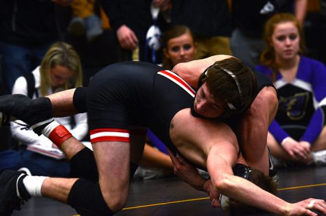 Wrestlers advance to state duals