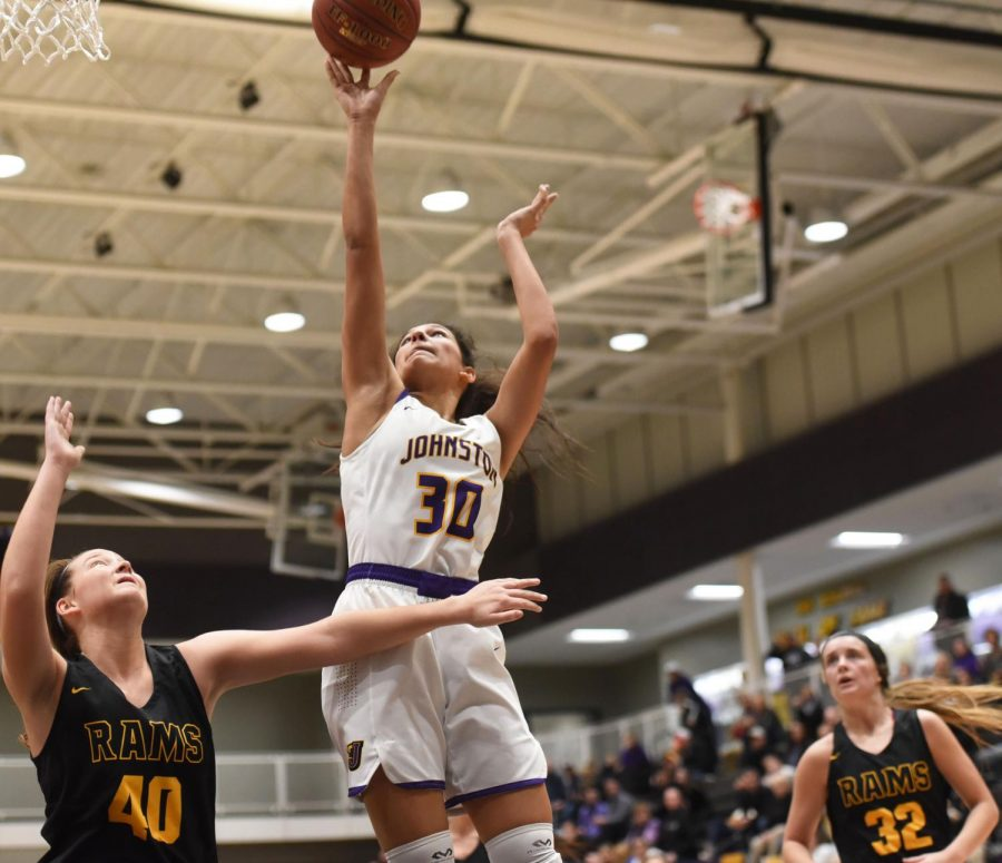 #30 Kendall Nead shoots a layup against in a game against Southeast Polk Rams Feb. 4. Nead had seven points in the 89-67 win.