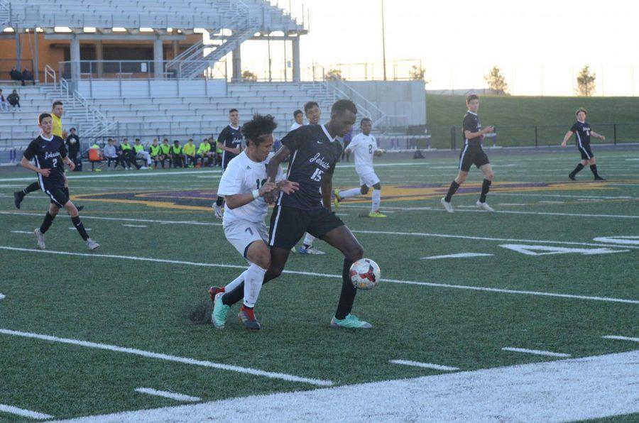 Boys Soccer beats Des Moines North 6-0 on Senior Night