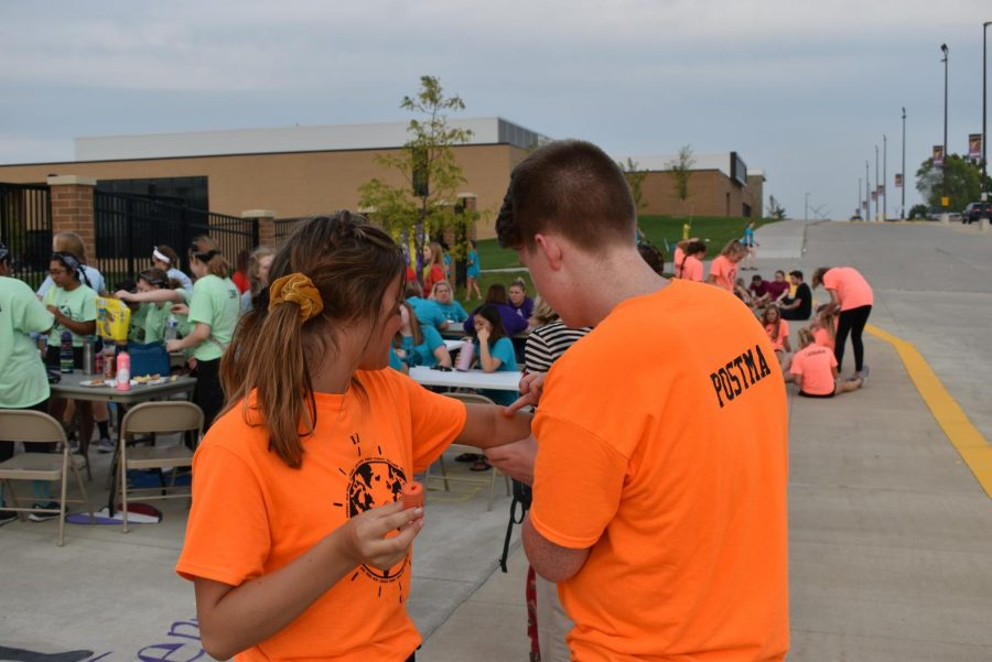Andrew Postma 20' and Emily Chambers 20' prepare for Rock Around the Clock