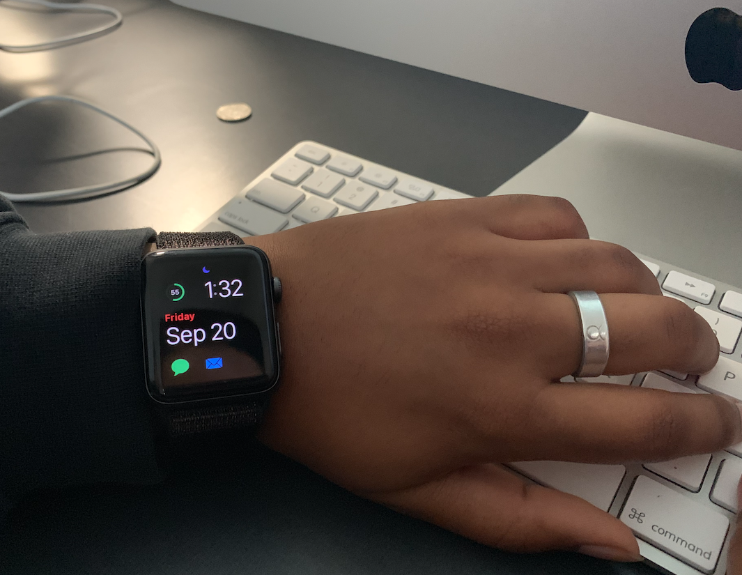 Akshaya Kumar '20 poses with her Apple Watch Series 3.