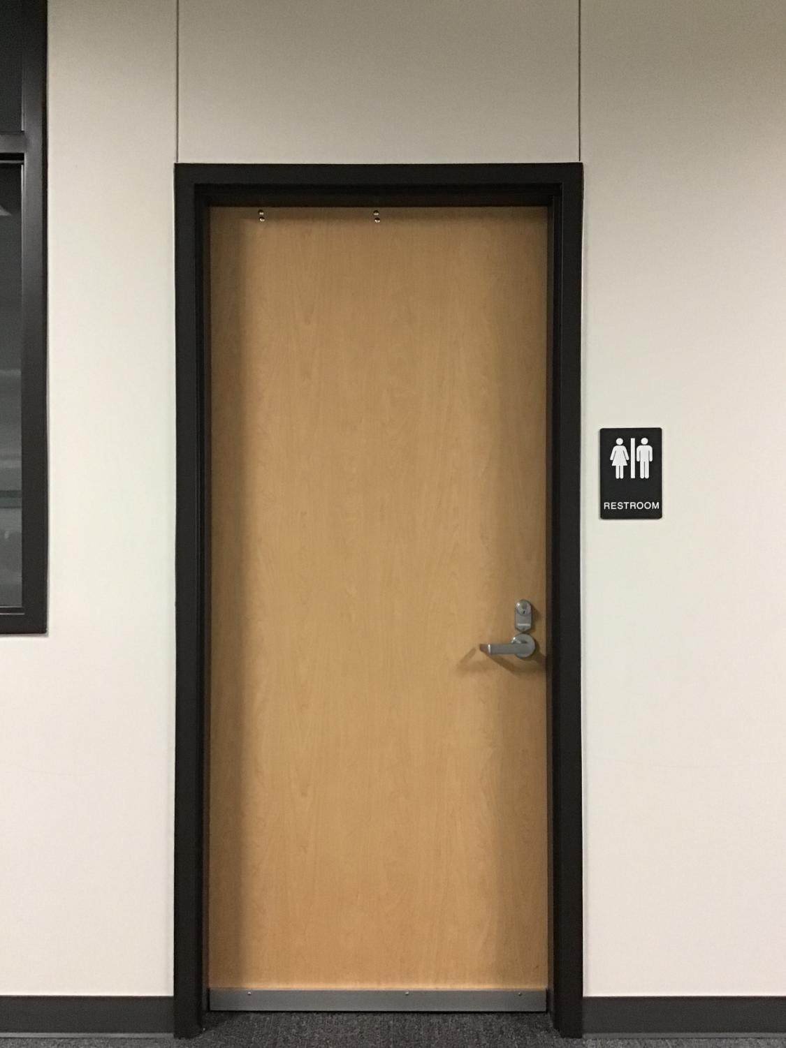 Picture of Uni-sex restroom with nobody in it.