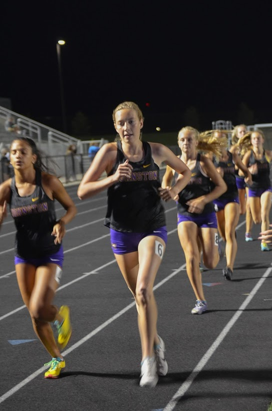 Samantha Strauss '21 races the varsity Cross Country two mile on Sep. 24.