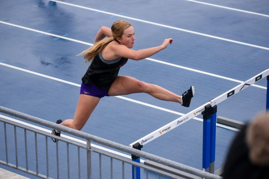 Kinsley Theobald '24 sprinting the last leg in the girls 4x100 meter shuttle hurdle relay.