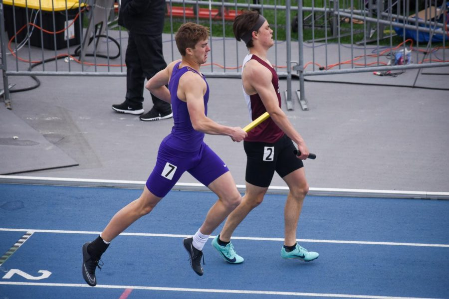 Sam Hennes '22 sprinting in the 4x400 meter relay.